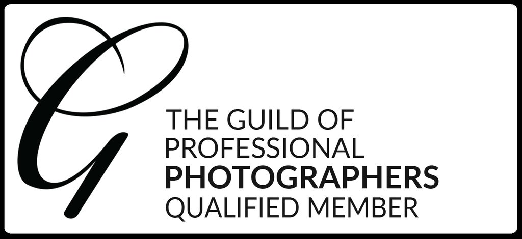 Guild of Photographers qualified member logo